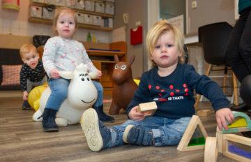 Blokken bouwen bij kinderdagverblijf - Up Kinderopvang aan de Esdoornstraat Rijswijk