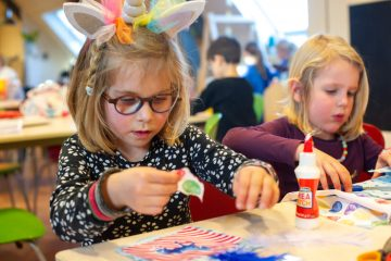 Creatieve kunst bij buitenschoolse opvang - Up Kinderopvang aan Caspar Fagelstraat in Delft