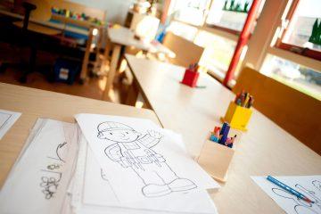 Tekenen en kleuren bij de peuteropvang van Up Kinderopvang - Henri Dunantlaan in Rijswijk