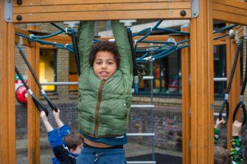 Klimmen bij buitenschoolse opvang Up Kinderopvang aan Beetslaan - Rijswijk
