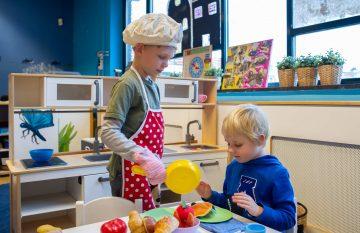 Lekker kokkerellen bij buitenschoolse opvang Up Kinderopvang aan Beetslaan in Rijswijk