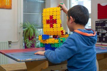 Schepen bouwen bij buitenschoolse opvang - Up Kinderopvang aan de Derde Werelddreef in Delft