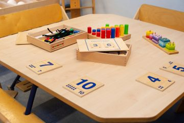 Spelend leren bij peuteropvang - Up Kinderopvang aan Böttgerwater - Den Haag Ypenburg