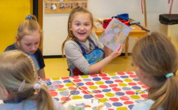 Trots op je werk bij buitenschoolse opvang - Up Kinderopvang aan Laan van Hoornwijck In den Haag Ypenburg