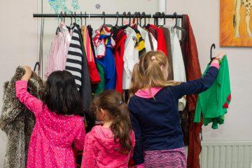 Verkleden en toneelspelen bij buitenschoolse opvang - Up Kinderopvang aan de Derde Werelddreef in Delft