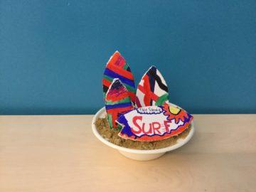 Up Kinderopvang: Zelfgemaakte surfboards